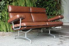 Sofá Eames para Herman Miller. Charles and Ray Eames