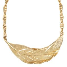 Chloe + Isabel Sculpted Feather Collar Necklace FOR THE BOHO IN YOU!  Use the code  MOM25 at checkout to get 25% off $50 or more   ( order by 12:00pm EST on May 6th for mothers day delivery!!)   https://www.chloeandisabel.com/boutique/dejahquinn