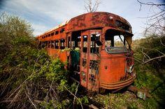 Detroiturbex.com - Abandoned RTA Streetcars