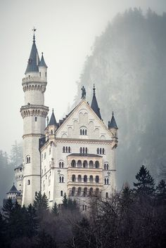 Neuschwanstein Castle, Bavaria, Germany//