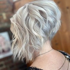 Bobs are super trendy right now and look stunning on anyone. Bobs are great because they can be in a range of colors and lengths, catering to anyone's... Short Hairstyles For Women, Pretty Hairstyles, Bob Styles, Short Hair Styles, Bob Cuts, About Hair, Looking Stunning, Bobs, My Hair