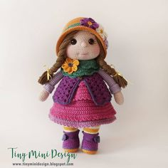 Merhabalar, Tombik kızımı nihayet bitirdim.. Şapkasıydı,yeleğiydi,botu fuları derken epey zamandır elimde kendisi.. Soğuklardan mıdır nedir…