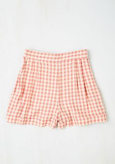 I Think, Therefore I Gingham Shorts in Pink. Your fashion philosophy is simple - keep things fresh with a nod to the past - perfectly exemplified by these pink-and-white checkered shorts!  #modcloth
