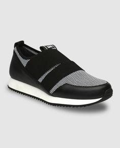a483eca5b9a8 7 Best Footwear images