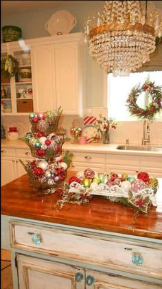 89 best kitchen christmas decorating ideas images christmas rh pinterest com