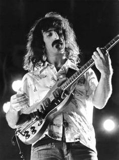 Frank Zappa doing what he did best...