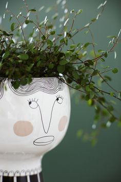 Flower me happy pot - Henrietta by Meyer Lavigne