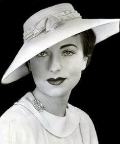 Agnes Moorehead, 1930s