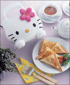 Hello Kitty Sandwich Maker!