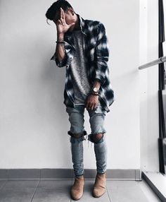 Simple and Modern Ideas: Urban Fashion Hipster Black urban wear hip hop products. Latest Mens Fashion, Urban Fashion, Style Casual, Men Casual, Guy Style, Style Men, Casual Winter, Mode Outfits, Fashion Outfits
