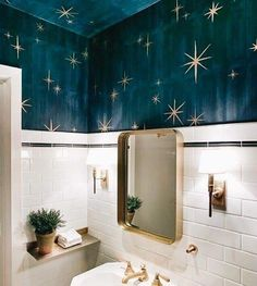Home Interior Living Room Stars painted on the ceiling for a lovely small and quirky bathroom.Home Interior Living Room Stars painted on the ceiling for a lovely small and quirky bathroom Bathroom Inspiration, Interior Inspiration, Interior Design Themes, Quirky Bathroom, Colorful Bathroom, Bathroom Goals, Boho Bathroom, Downstairs Bathroom, Wall Paper Bathroom