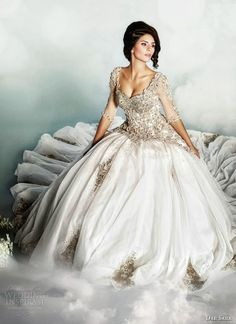 Dreaming of a romantic cinderella wedding dress 2014 inspired by the most beautiful fairy tale ever existed? Here for you inspiration for your wedding in style Cinderella! This theme lends itself beautifully to wedding young but at the same time very elegant.