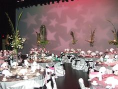 Wedding or event table set-up ideas from the Hubbard Ballroom, Ford Community & Performing Arts Center, Dearborn, MI.