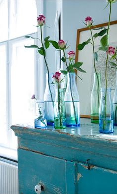 Beautiful turquoise details on a sunny Sunday . Today spring is in the air! I hope the sun shines with you too! Photo by © Anitta Behrendt via cherry-blossom-wo. Bottles And Jars, Glass Bottles, Das Haus In Montevideo, Vase Transparent, Vibeke Design, Deco Floral, My Favorite Color, Cottage Style, Shades Of Blue