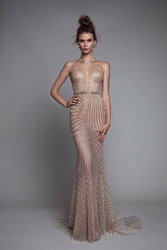 تصميمات مختلفة لفساتين السهرة من المصمم العالمى بيرتا 2017 Different designs of evening dresses from global designer Berta 2017 Différents modèles de robes de soirée de concepteur global Berta 2017