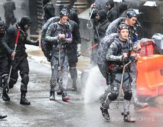 First Look at NINJA TURTLES and Foot Clan on the Set of TMNT - News - GeekTyrant