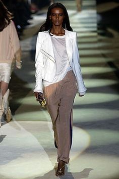 Gucci Spring 2004 Ready-to-Wear Collection Photos - Vogue