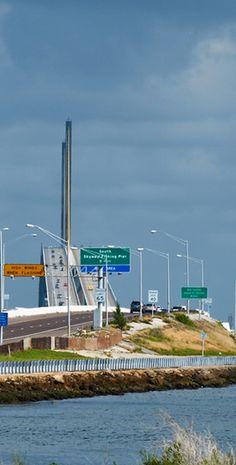 Sunshine Skyway Bridge. Florida, USA.