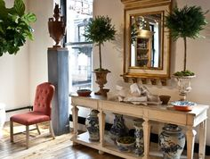 Bunny Williams's light-filled Manhattan pop-up space is presented like a beautifully put-together home, combining new and vintage pieces from her various design collections.