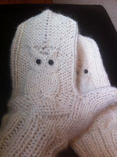 Korrigert for feil og mangler! - Lilly is Love Knitted Mittens Pattern, Crochet Mittens, Crochet Slippers, Knitted Gloves, Crochet Pattern, Knitting Patterns, Knit Crochet, Free Knitting, Baby Knitting