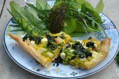 Tærte med spinat, feta og dijonsennep