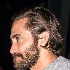 12 Reasons Jake Gyllenhaal Is a Grooming God Long Hair Receding Hairline, Jake Gyllenhaal Haircut, Long Slicked Back Hair, Hair And Beard Styles, Mens Long Hair Styles, Men Long Hair, Long Hair Beard, Grunge Hair, Medium Hair Styles
