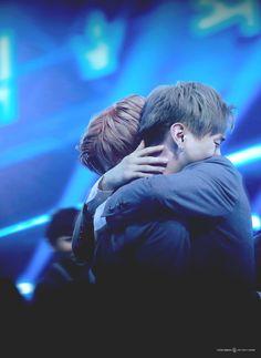 Wanna One Jisung & Daniel