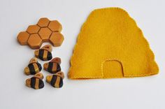 Busy Bees Natural Wood and Wool Play Set by BirdTuckyandPip