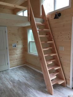 a basic summary of picking components for Popular Woodworking Outdoor Wooden Playhouse Tiny House Stairs, Attic Stairs, Tiny House Cabin, Tiny House Design, Space Saving Staircase, Balustrades, Diy Furniture Projects, Furniture Decor, Diy Projects