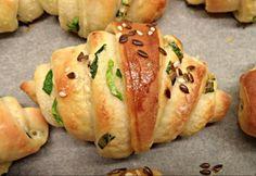 Kefires kifli medvehagymásan Austrian Recipes, Hungarian Recipes, Hungarian Food, Bread Recipes, Cooking Recipes, Salty Foods, How To Make Bread, Love Food, Bakery