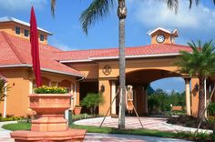 What is a Porte Cochere?        A porte cochere is a French-designed shelter used in the old days for carriage parking.  When I say the name porte cochere, you probably do not know what I am talking about.  Once you see a picture, you will know!  It...