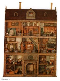 17th Century dollhouse.