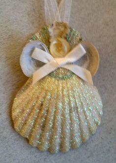 glittered-seashell-angel-ornament