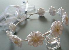 White Kanzashi Fabric Flower Wreath. White bridal hair by JuLVa