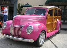 Ford Woodie 1939 pink cars, pink trucks pink jeeps, pink SUVs, pink classic cars