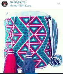 Bildergebnis für mochila bag anleitung Crochet Motifs, Crochet Lace, Crochet Patterns, Tapestry Bag, Tapestry Crochet, Handmade Clothes, Handmade Bags, Mochila Crochet, Fabric Handbags