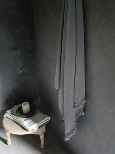 Badkamer Natuurprodukten Tadelakt hout eenvoud Wabi sabi