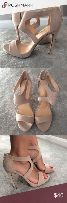 """Liliana Beige Nude Open Toed Heels Beige sandals made of a suede like material. Heels are 4"""" and there is a zip closure in the back. Is an 8.5, but is a bit large. Could fit a 9-9.5. Liliana Shoes Sandals"""