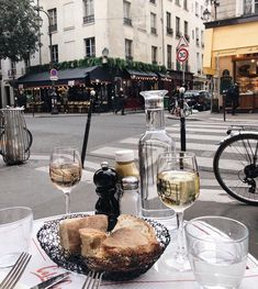 Living the parisian way of life🥂🖤 captured by 📸 Way Of Life, V60 Coffee, Alcoholic Drinks, Coffee Maker, Wine, Glass, Parisian, Food, Instagram