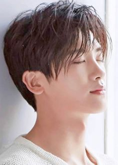 ParkHyungsik.. yr face shape..who can describe.. hemmm