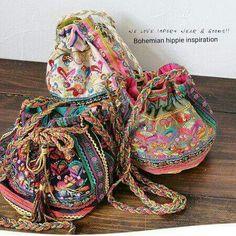 New moda hippie chic bohemian bags Ideas Gypsy Style, Boho Gypsy, Hippie Boho, Bohemian Style, Boho Chic, Hippie Purse, Fashion Bags, Boho Fashion, Fall Fashion