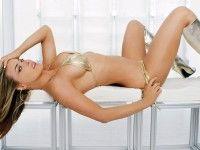 - Dazzling Wallpaper CARMEN ELECTRA, free,desktop,download,hd,hdwallpaper,freedownload,image,photo1080p,picture,nice,beautiful,nicepics,latestphoto,backgrauond,sexy,hot,bold,cute,bikini,dazzlingwallpaper,model,american,hollywoodactress,hollywoodmovie,