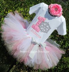 Hey, I found this really awesome Etsy listing at http://www.etsy.com/listing/160434957/sale-christmas-holiday-tutu-ouftit