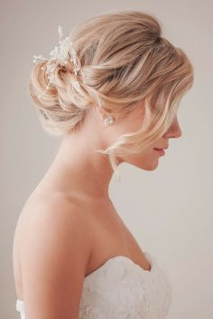 Wedding Hair: Updos and Hair Accessories