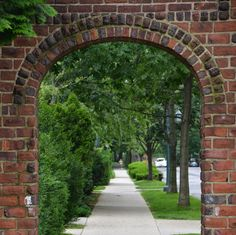 Forest Hills Gardens: A Hidden NYC Haven Of Historic Modernity