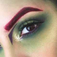 Products used: Basic eye shadows in Olive Balsam and Pinehurst. i-divine palette in Acid eyeshadow in 08 Poison Ivy Makeup, Dc Poison Ivy, Poison Ivy Dc Comics, Law Of The Jungle, Coastal Scents, Gotham Girls, Sleek Makeup, Pokemon, Cosplay Makeup