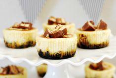Mini Snickers Cheesecakes