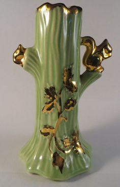 Vintage SQUIRREL VASE Ceramic Pottery & Heavy Gold Trim USA Acorn Tree LUSTER