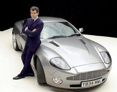 """Bond, James Bond"" Stars and cars ""University Driving School"""