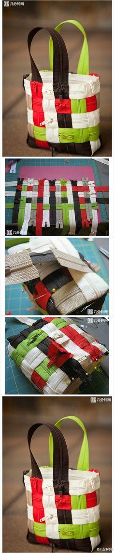 Handmade o DIY de resíduos verdes de utilização de sacos de zíper, bolsa muito criativo.  (DIY)